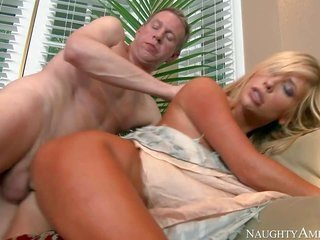 Tasha Reigns neighbor choose Wood is the one shot who gives her his hard helping rod in time of desire. This voluptious natural blonde is excited fres