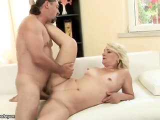 Mary yellowish hair catches her throat owned freaked out by sex obsessed guy