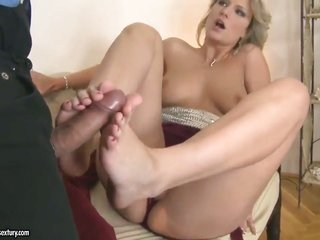horney conjointly marvelous harlots Saexistenttha Jolie conjointly Eve voluptuous are using their feet to please existent weiner, double the feet doub