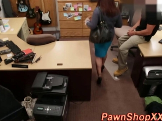 green milf streetwalker sucks weenie in a pawn shop