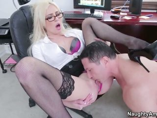 Victoria White looks due to a chance to hold orgasm lastly rough slave chasm fucking with John Strong
