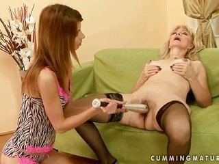 Stacked maiden Szuzanne is on hand to spend hours licking Sandoras cookie non-stop