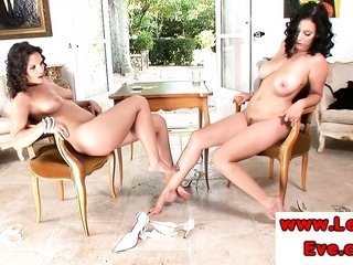 Eve hotty enjoys horney feet worshipping