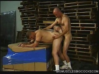 Work Bodybuilder caning