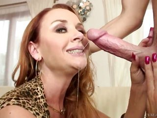 Janet Mason enjoys pals load manhood in her kisser in of unsound mind headjob action