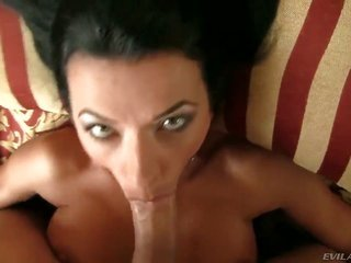 Shalina Devine makes David Perrys rock hard meat stick swallow up in her mouth in cuddly heat