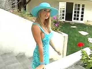 hot Vicky Vette