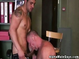 ripe merry Mr. gets hold of a bj from young stud