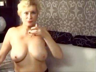 Estonian granny fingering her pretty passion's jellybean