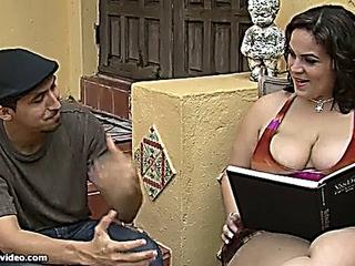 Jasmine Torres : Hotel honey